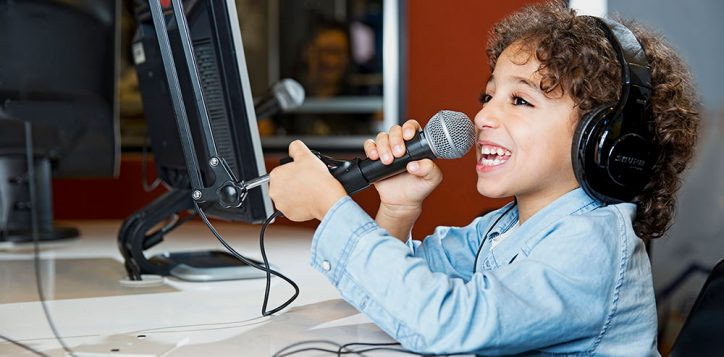 kids-radio-dj-2